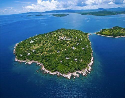 lupita-island-aerial-511x400